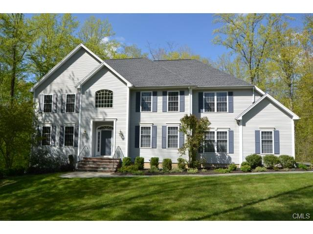18 Frans Way, Shelton, CT 06484
