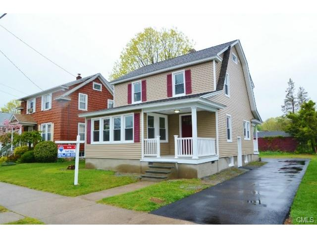 90 Overland Ave, Bridgeport, CT 06606