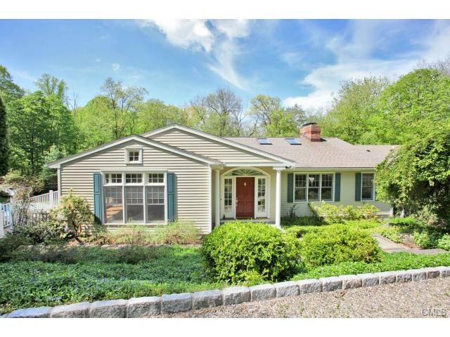 25 Norfield Woods Rd, Weston, CT 06883