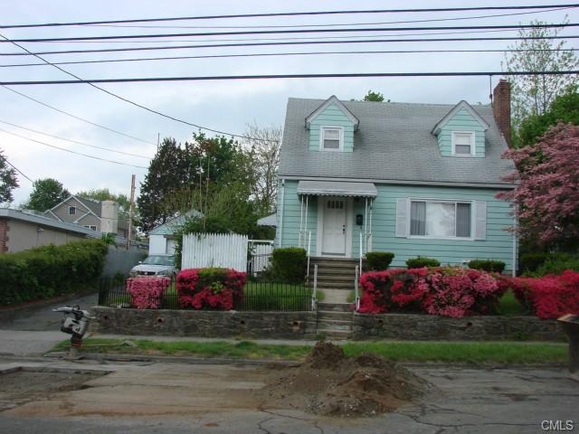 1053 Sylvan Ave, Bridgeport, CT 06606