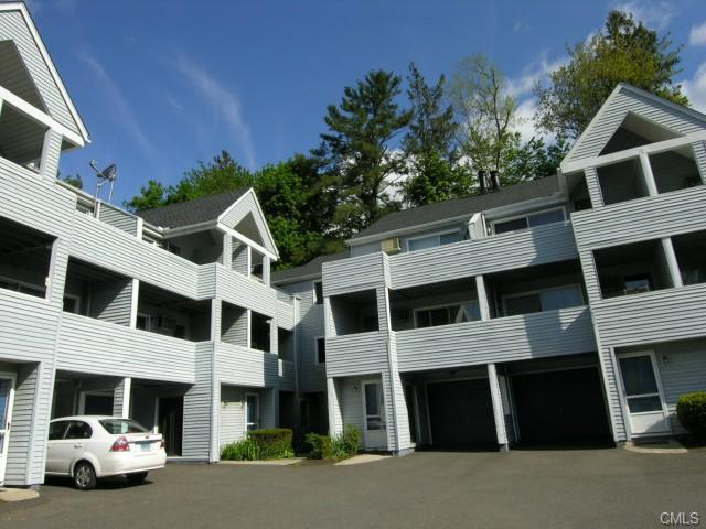 Rental Homes for Rent, ListingId:23579061, location: 1 Beaver Brook ROAD Danbury 06810