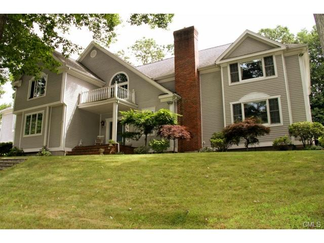 Real Estate for Sale, ListingId: 24413514, Trumbull, CT  06611