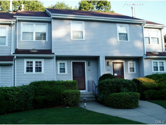 Rental Homes for Rent, ListingId:24828761, location: 190 Red Oak LANE Bridgeport 06606