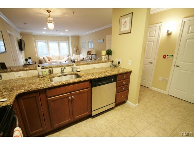 Rental Homes for Rent, ListingId:26017204, location: 2660 North AVENUE Bridgeport 06604