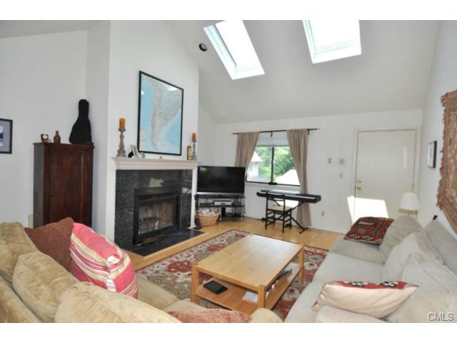 Rental Homes for Rent, ListingId:26682072, location: 2437 Bedford STREET Stamford 06905
