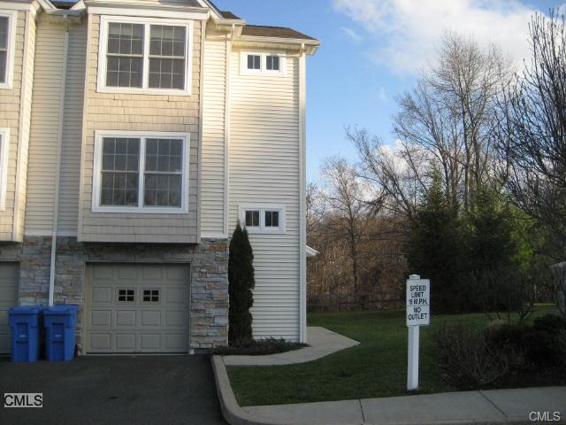 Rental Homes for Rent, ListingId:27253603, location: 32 Crows Nest LANE Danbury 06810