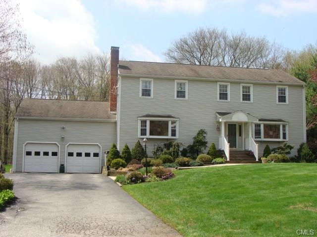 Real Estate for Sale, ListingId: 27464910, Trumbull,CT06611