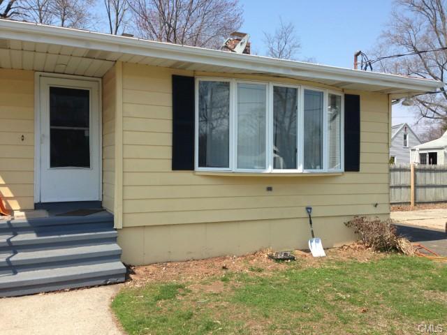 Real Estate for Sale, ListingId: 27687350, East Haven,CT06512