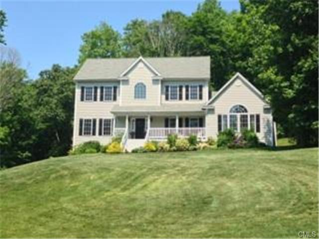 21 Great Hill Rd, Derby, CT 06418