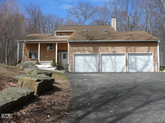 Rental Homes for Rent, ListingId:28509534, location: 7 Fawn Crest DRIVE New Fairfield 06812