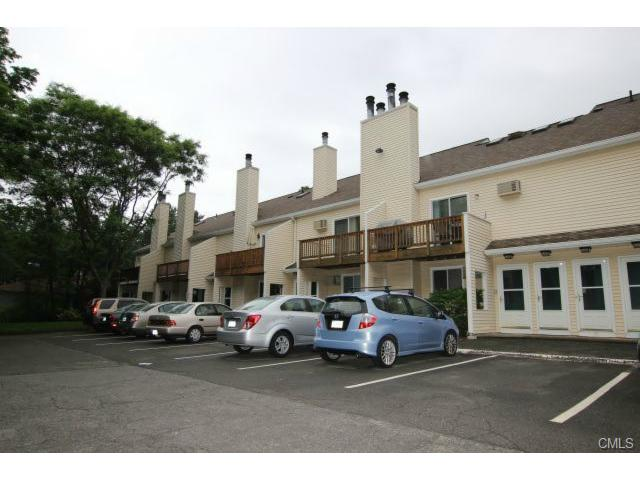 Rental Homes for Rent, ListingId:28591600, location: 8 Rose LANE Danbury 06811