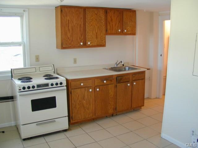 Rental Homes for Rent, ListingId:28981983, location: 440 Main STREET Monroe 06468