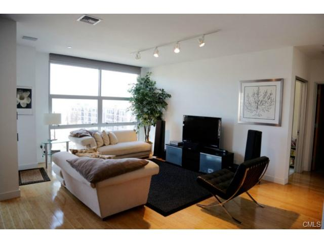 Rental Homes for Rent, ListingId:29296322, location: 33 NORTH Water STREET Norwalk 06854
