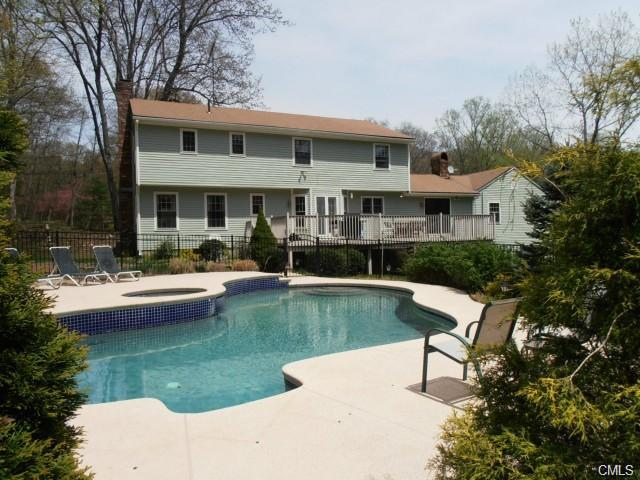 Rental Homes for Rent, ListingId:29362654, location: 54 Old Hollow ROAD Trumbull 06611