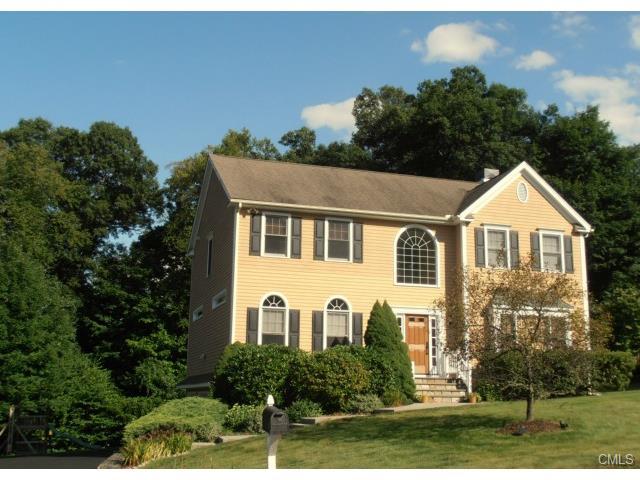 Real Estate for Sale, ListingId: 29541598, Trumbull,CT06611