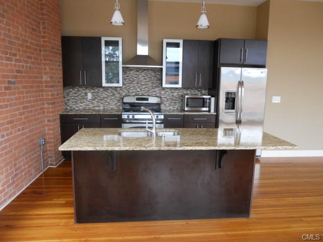 Rental Homes for Rent, ListingId:29868998, location: 14 NORTH Main STREET Norwalk 06854
