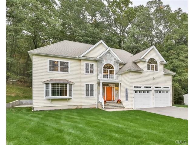Real Estate for Sale, ListingId: 30157529, Trumbull,CT06611