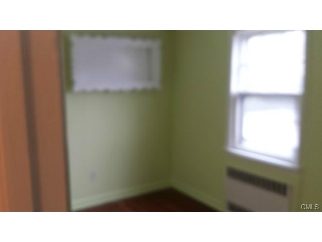 Rental Homes for Rent, ListingId:30212014, location: 172 NORTH Bishop AVENUE Bridgeport 06610