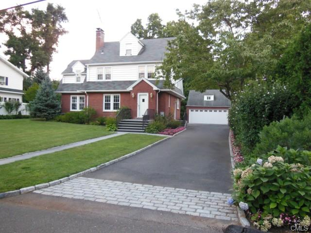 Photo of 26 Woods Avenue  Greenwich  CT