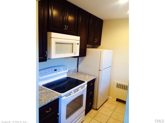 Rental Homes for Rent, ListingId:30260054, location: 315 Foxwood LANE Milford 06461