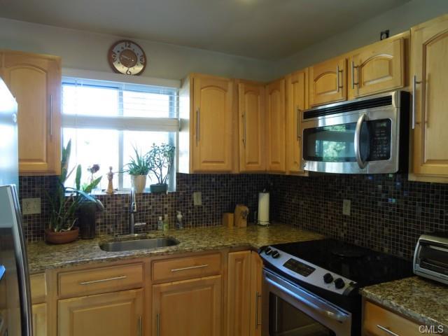 Rental Homes for Rent, ListingId:30512620, location: 38 Adams AVENUE Stamford 06902