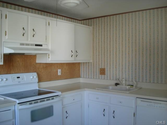 Rental Homes for Rent, ListingId:30481928, location: 7 Padanaram ROAD Danbury 06811