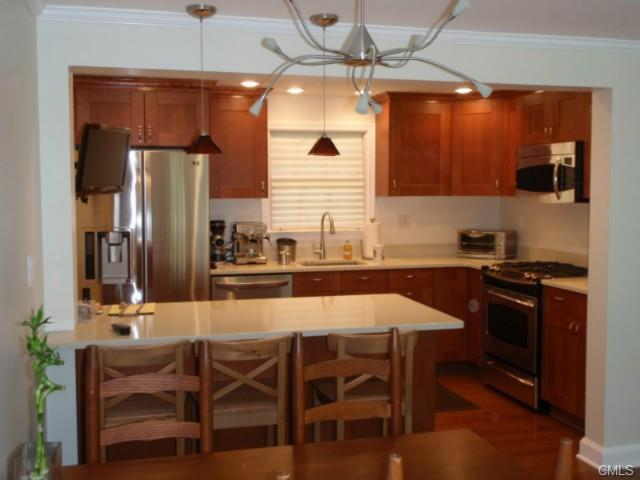 Rental Homes for Rent, ListingId:30566572, location: 52 Sunrise AVENUE New Canaan 06840