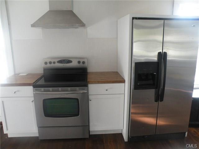 Rental Homes for Rent, ListingId:30587403, location: Norwalk 06855
