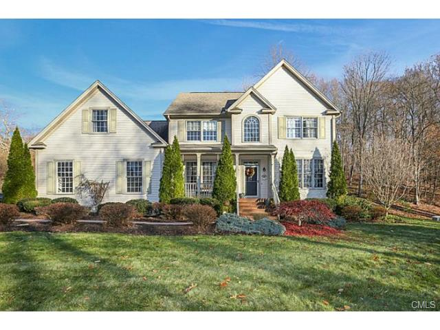 768 Old Waterbury Rd, Southbury, CT 06488
