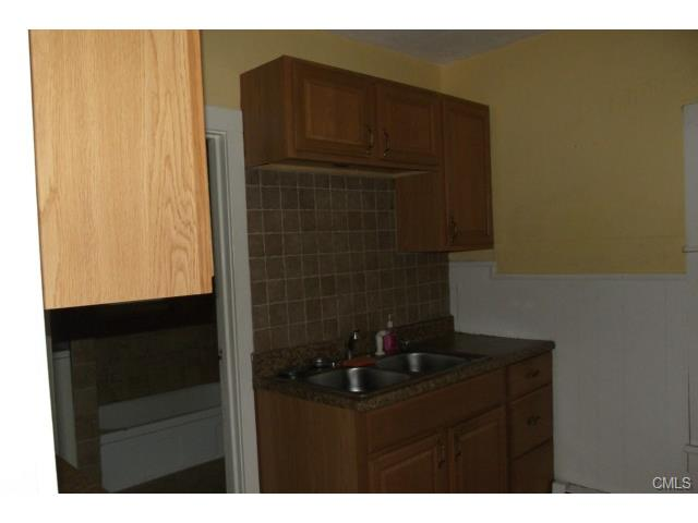 Rental Homes for Rent, ListingId:30691475, location: 3 Auburn STREET Danbury 06810