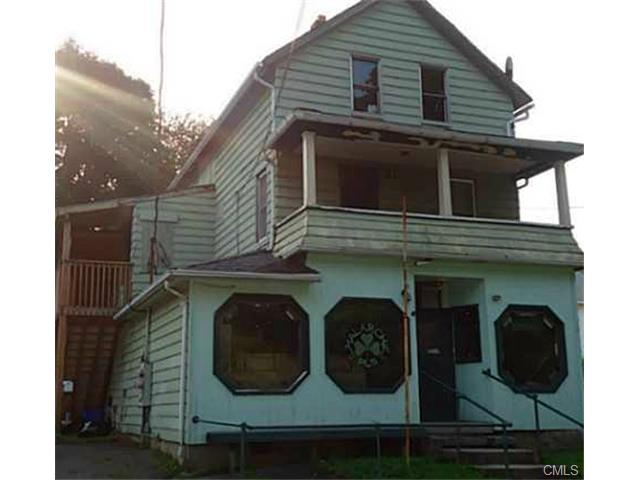 15 Cedar St, Ansonia, CT 06401