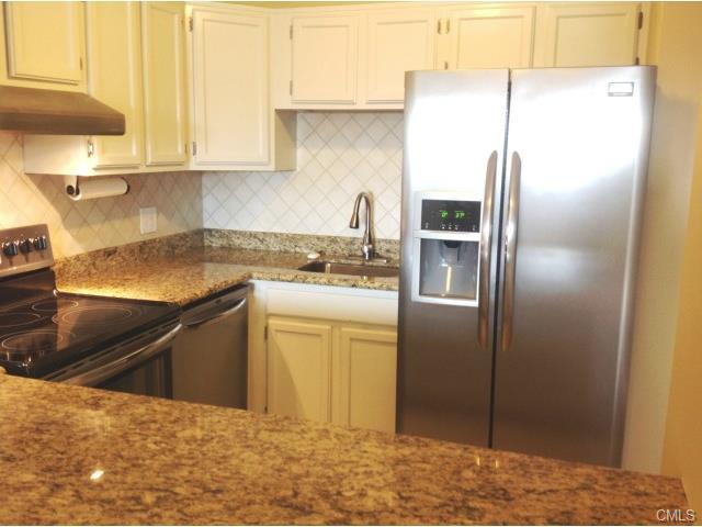 Rental Homes for Rent, ListingId:30781870, location: 51 Schuyler AVENUE Stamford 06902