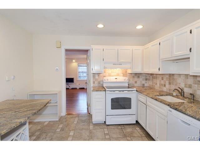Rental Homes for Rent, ListingId:31010921, location: 202 Park STREET New Canaan 06840