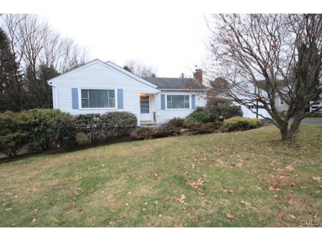 Rental Homes for Rent, ListingId:31076953, location: 15 Sunrise AVENUE New Canaan 06840