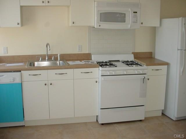 Rental Homes for Rent, ListingId:31246937, location: 94 Elizabeth STREET Bridgeport 06610