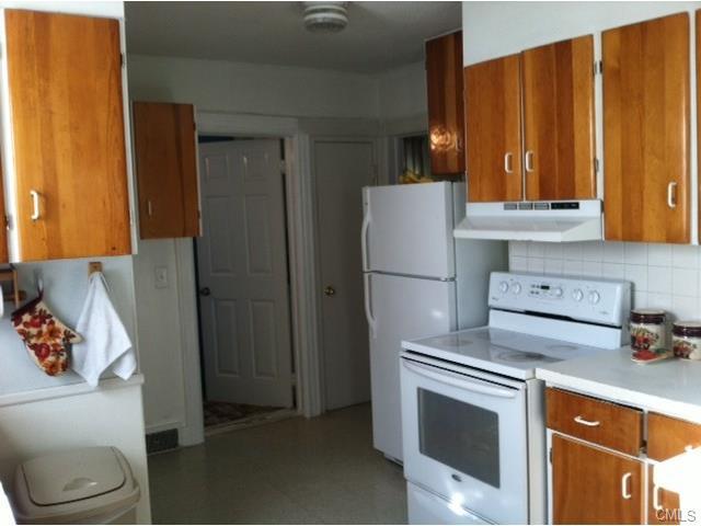 Rental Homes for Rent, ListingId:31292763, location: 303 Newtown AVENUE Norwalk 06851