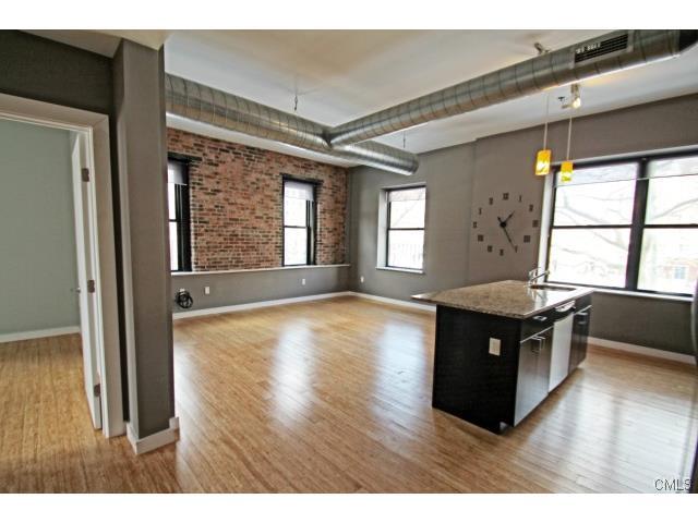 Rental Homes for Rent, ListingId:31797427, location: 881 Lafayette BOULEVARD Bridgeport 06604