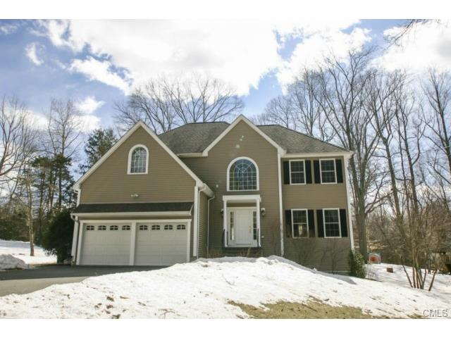 Real Estate for Sale, ListingId: 32378507, Trumbull, CT  06611