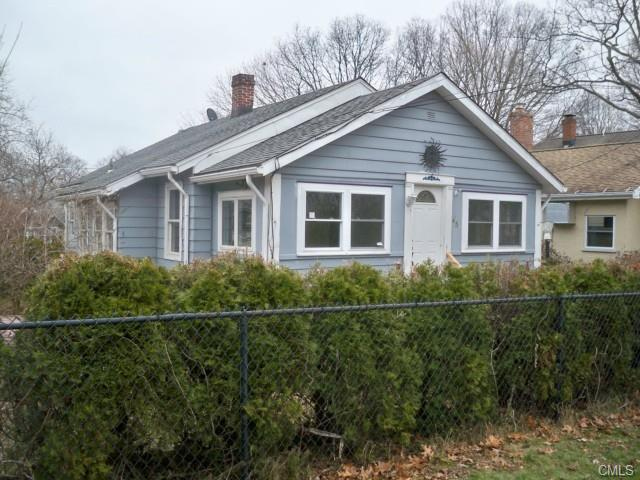45 Warren St, Milford, CT 06460