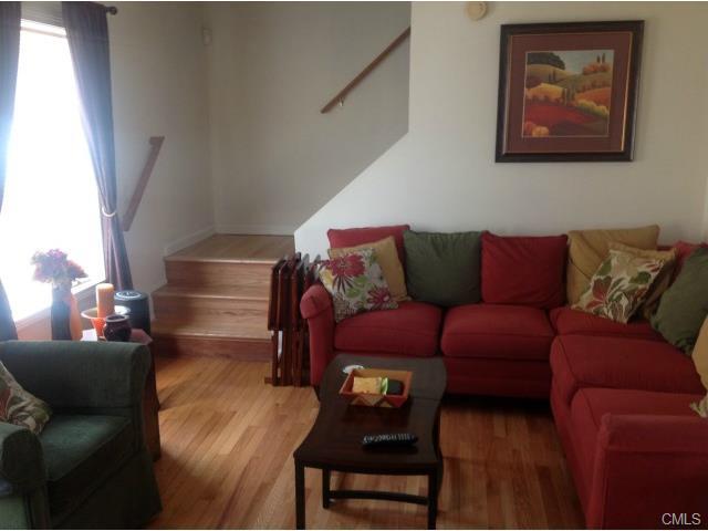 Rental Homes for Rent, ListingId:33108733, location: 15 1/2 Riverside AVENUE Norwalk 06850