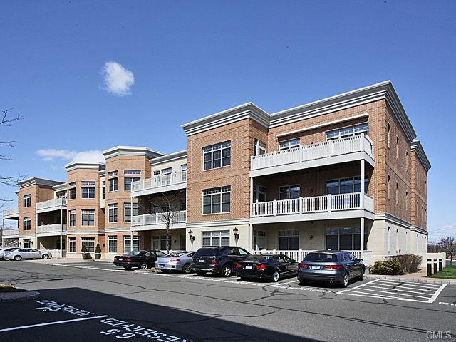 Rental Homes for Rent, ListingId:33108740, location: 100 Stone Ridge WAY Fairfield 06824