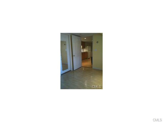 Rental Homes for Rent, ListingId:33417884, location: 21 Hollow Tree ROAD Norwalk 06854