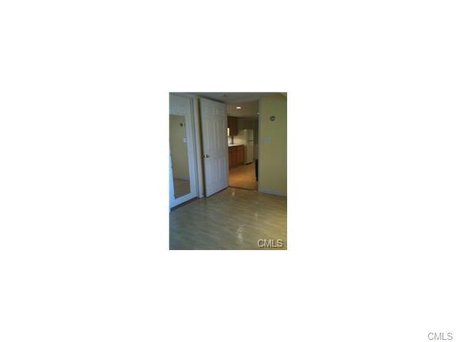 Rental Homes for Rent, ListingId:33417884, location: 21 Hollow Tree ROAD Norwalk 06854