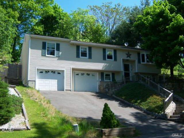 Rental Homes for Rent, ListingId:33975180, location: 17 Fleetwood DRIVE Danbury 06810