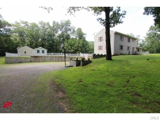 Rental Homes for Rent, ListingId:34467061, location: 124 Laurel Hill HILL Brookfield 06804