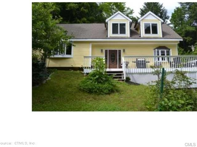 1 Wood Rd, Oxford, CT 06478