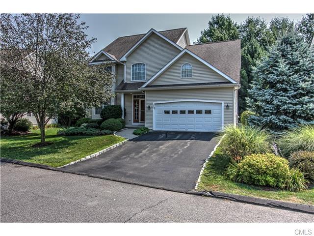 Real Estate for Sale, ListingId: 35226122, Trumbull,CT06611