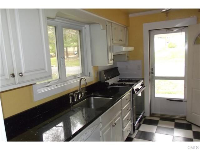 Rental Homes for Rent, ListingId:35987513, location: 3 Auburn STREET Danbury 06810