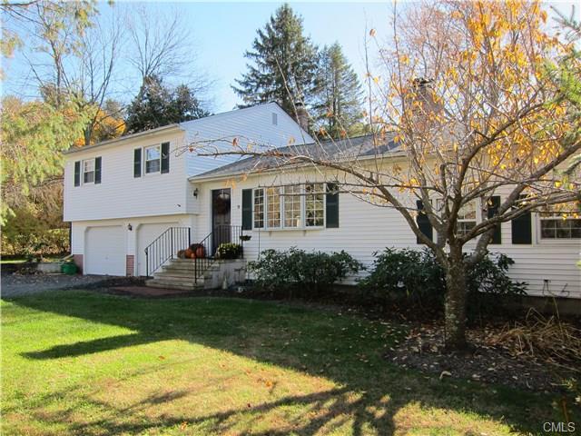 Rental Homes for Rent, ListingId:36119334, location: 9 Knollwood DRIVE Newtown 06470