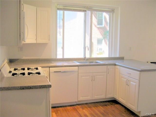Rental Homes for Rent, ListingId:36335260, location: 6 Fifth AVENUE Danbury 06810